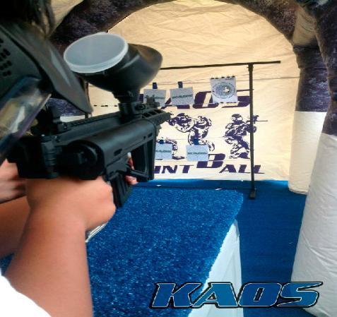Sniper kaos player shooting paper targets Lima, Peru